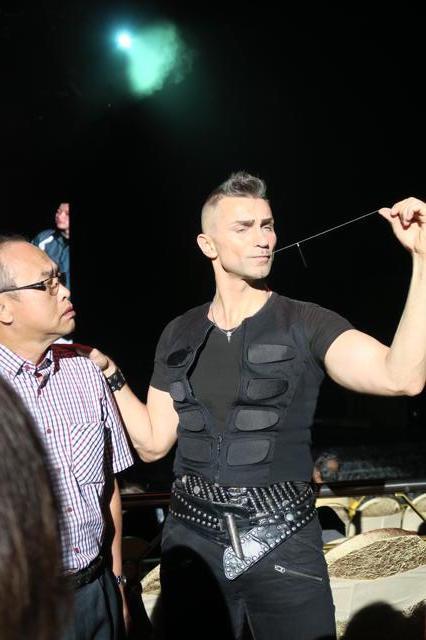 Aaron Crow Fearless Magic Show @ Resorts World Genting ...