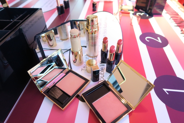 Estee Lauder Cushion Stick and New Envy Lipsticks Enabalista_0000