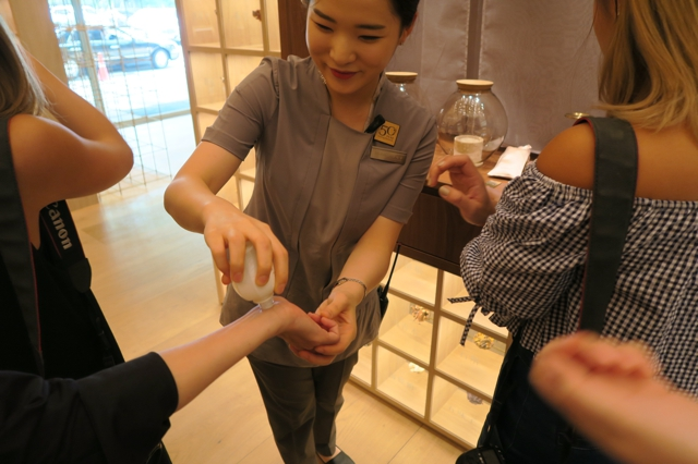 sulwhasoo-flagship-store-gangnam-korea-beauty-wellness-must-go-review-enabalista_0001